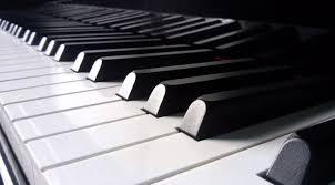 FOTO TECLADO DE PIANO